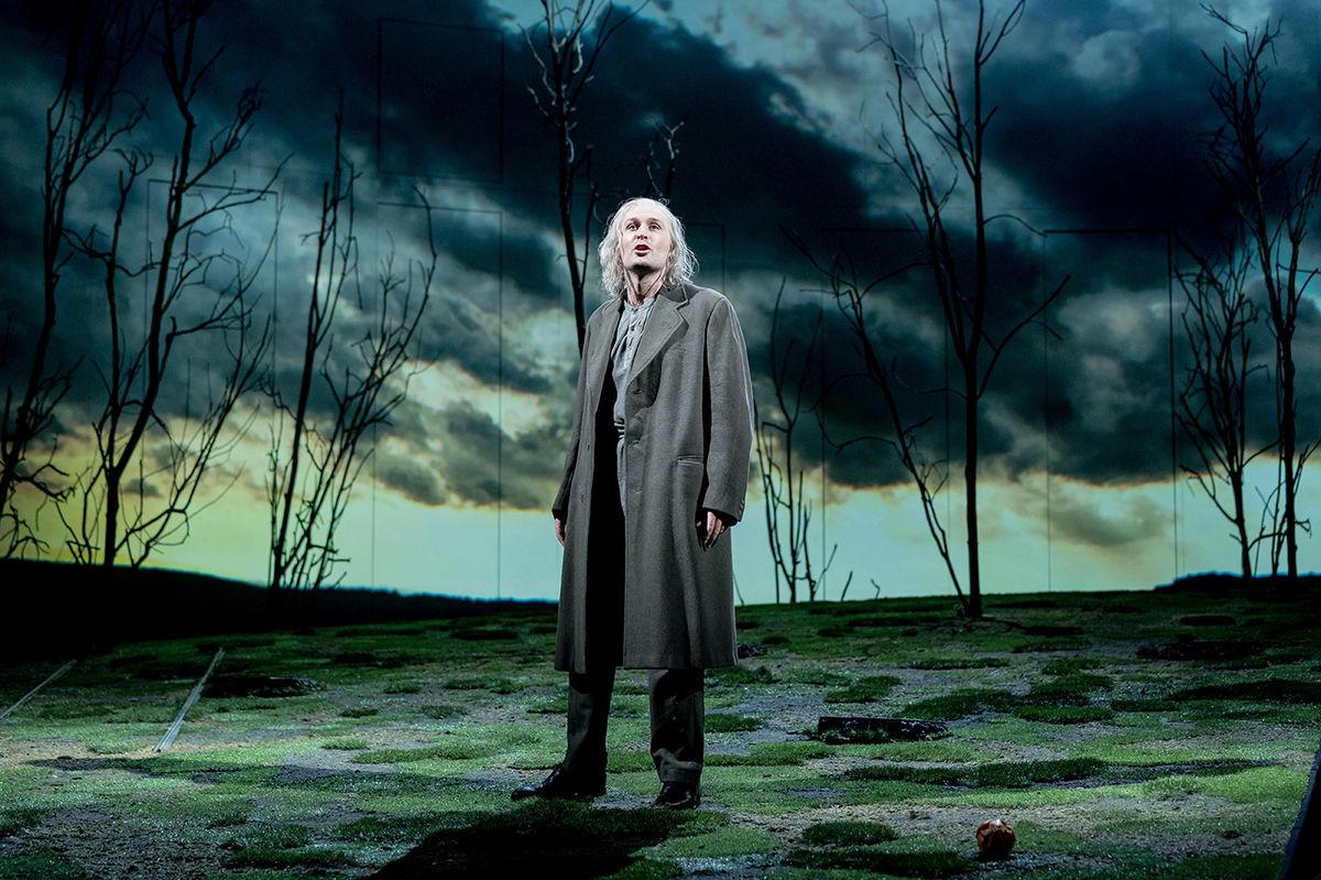 James Mc Ardle In Peter Gynt © Manuel Harlan